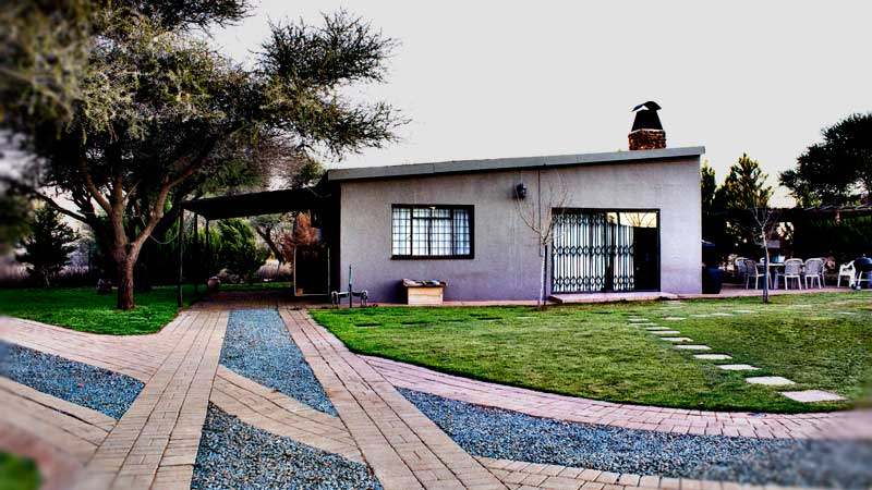 rent a townhouse Vryburg